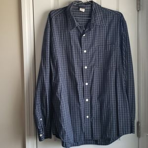 Old Navy button down shirt size L